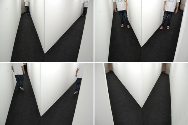 Diagonal View, 2011. Performativ bevægelsesinstallation. Soloudsitlling på Galeria Leme, Sao Paulo. Foto: AVPD. Courtesy: Galeria Leme