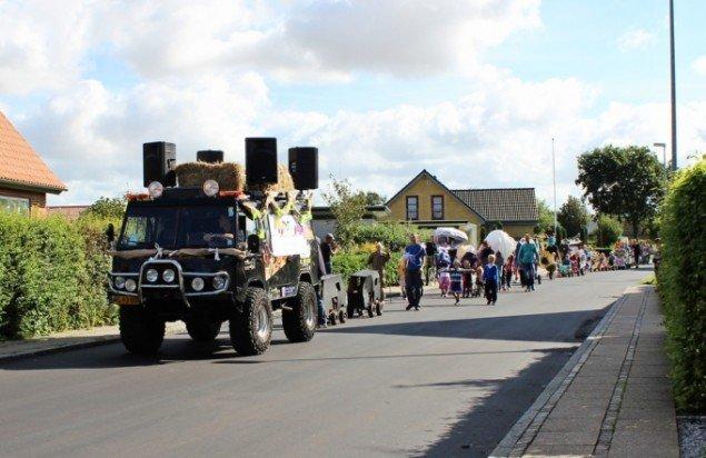 Høstfest 2012. Parader, Workshops og sammenskudsgilder i seks midtjyske landsbyer. Foto: Jens og Morten