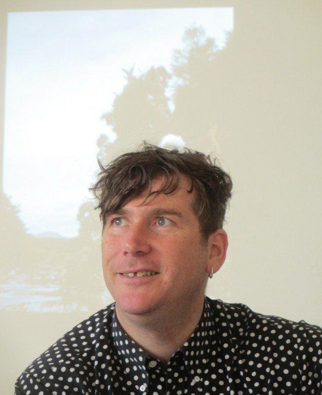 Bedwyr Williams efter sin talk på Det Jyske Kunstakademi. Foto: Ole Bak Jakobsen