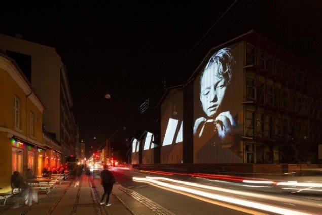Hanne Lise Thomsen: Videoinstallationen Inside Out Istedgade, 2015. Foto: Torben Eskerod.