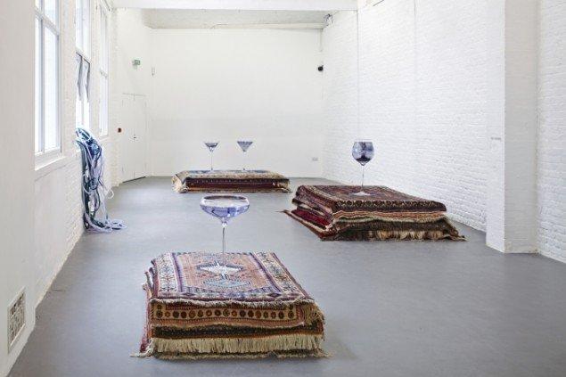 Nina Beier: Cash for Gold, Kunstverein Hamburg, 2015, Foto: Fred Dott