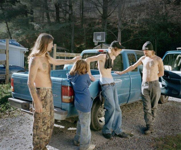 Hannah Modigh: uden titel, Hillbilly Heroin, Honey, 2008