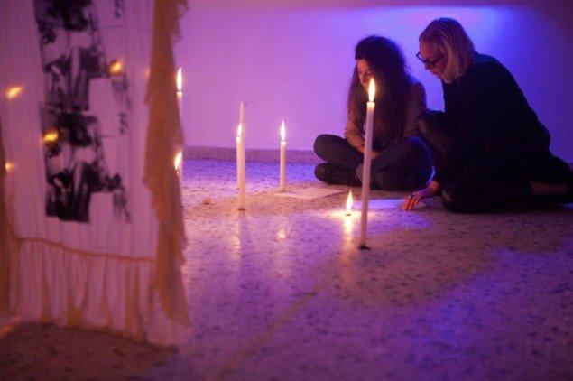 Augusta Atla: ATHENA, 2014. Performance og installation Maison Maca Athen, Grækenland. Foto: Augusta Atla