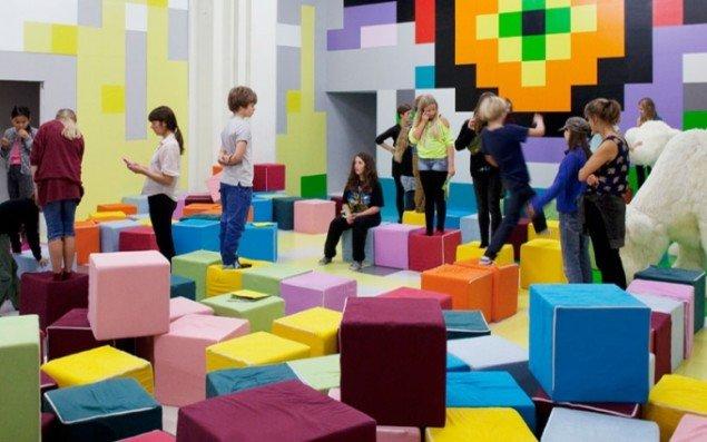 Malene Bang, Katja Løgstrup Hansen og Copenhagen Game Collective: Pixelade, 2014 (Foto: Nikolaj Kunsthal)