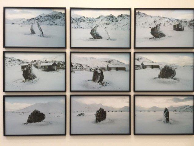 Olafur Eliasson: 360°rock series. 2006. Edition 1/6 C-prints. Courtesy Olafur Eliasson / neugerrriemschneider, Berlin.