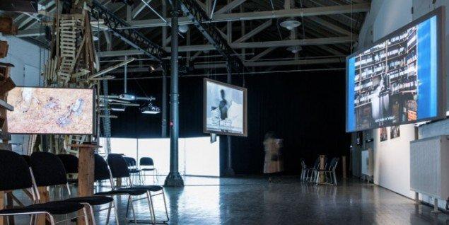Installationsview, Rewriting Histories. (Foto: Tina Umer, Fotografisk Center)