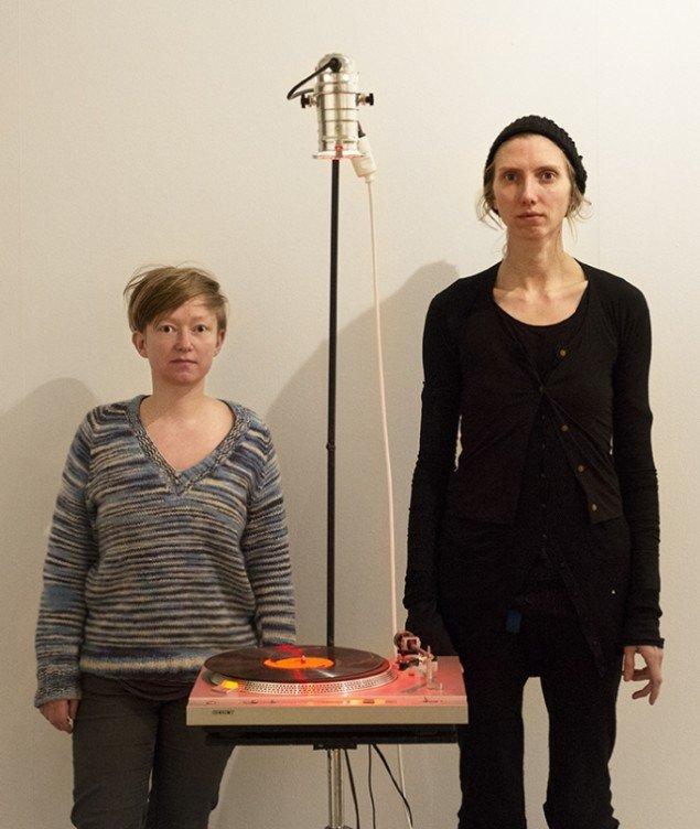 Vinyl-Terror & -Horror. Greta Christensen (tv.) og Camilla Sørensen. Foto: Jan Søndergaard
