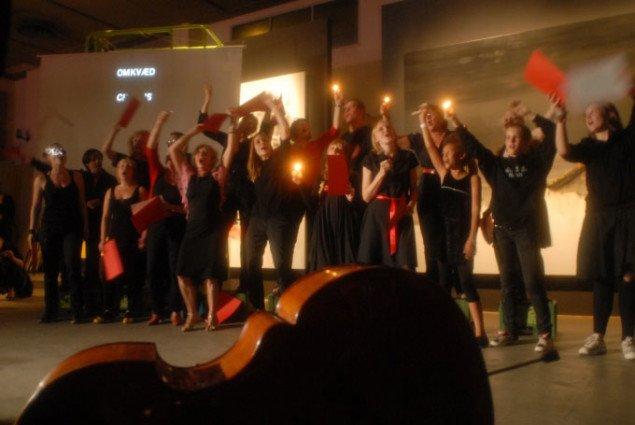 Complaint Choir, Tellervo Kalleinen & Oliver Kockta Kalleinen, Copenhagen 2008 Foto: Andreas Johnson