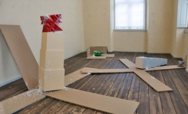 Tommy Støckel: Reinvention af the past, Papir i 3 dimensioner, Skovgaard Museet, Viborg. Pressefoto