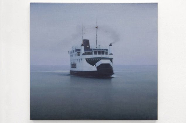 Ulrik Møller: Ferry (Fynshav), 2008. Foto: Anders Sune Berg/Galleri Christina Wilson.