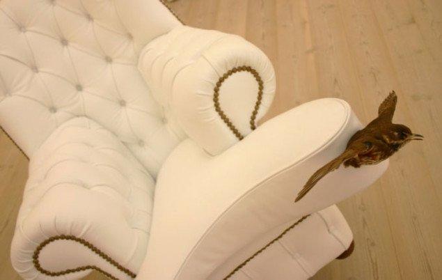 Alle møbel-dyrene er polstrede i hvidt. Foto: Bonnie Bay Andersen