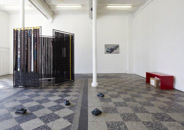 "Peter Brandt: ""Empire of the Senseless"" 2009 og Jens Hultquist ""Toy Tanks (demo)"" 2009 Foto: Anders Sune Berg"