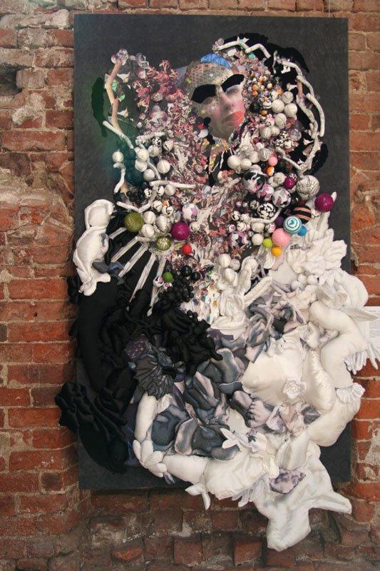 Helle Mardahl: A Royal Orgy of Consumption, 2008. Stof til eftertanke, Museet på Koldinghus. Foto: Marie Norman Nyeng.