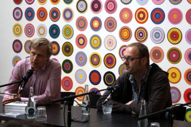 Direktør for Malmö Konsthall Jacob Fabricius og kurator Roland Groenenboom til pressemødet i Malmö Konsthall. Foto: Tina Mariane Krogh Madsen