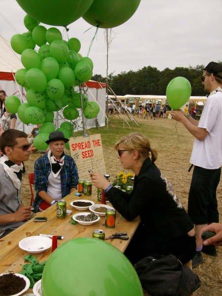 Ballonstationen abejder på at kunne sende frø ud i verden. Foto: Lise Bøgh Sørensen