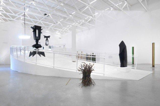 Udstillingsview Scorpio's Garden (Foto: Jens Ziehe/Temporäre Kunsthalle Berlin)