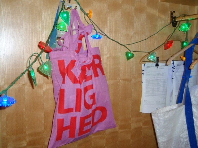 Love Letters af Lis R. Jensen, Barbara Katzin, Heidi Bielfeldt, Elin Neumann, Hanne Matthiesen på Hotel Radisson. Foto: Anne Mette Thomsen