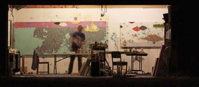 Thomas Campbell i sit atelier ved stranden. (pressefoto)