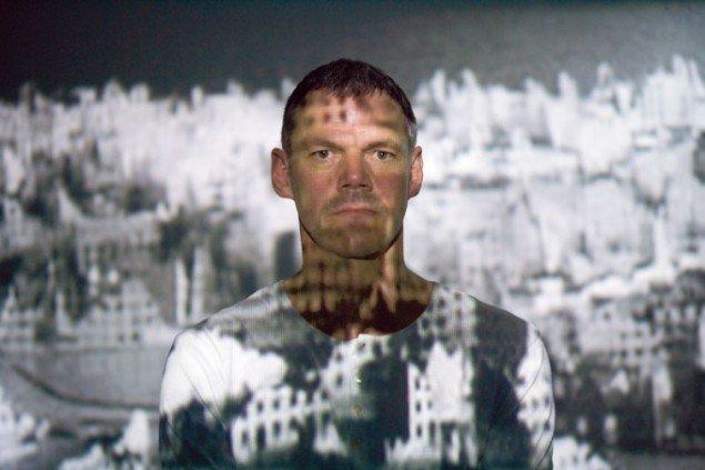 Potræt af Lemmerz i forbindelse med udstillingen God på Randers Kunstmuseum. (Foto: Anders Sune Berg)