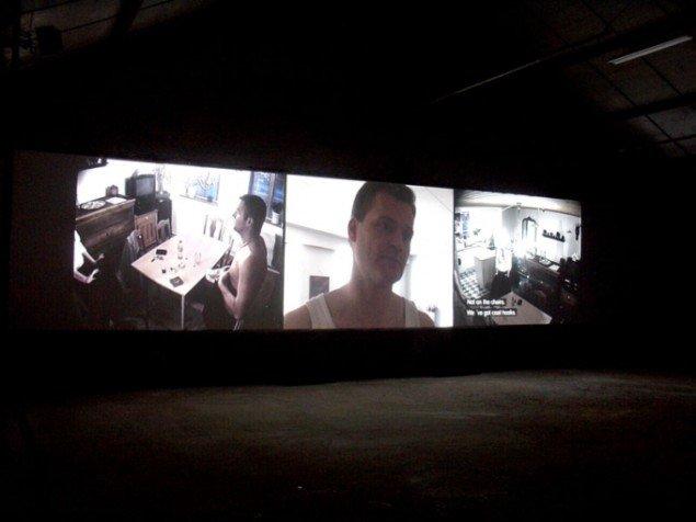 Replay # II, Videoinstallation på 3 skærme, Bourge, Frankrig 2007