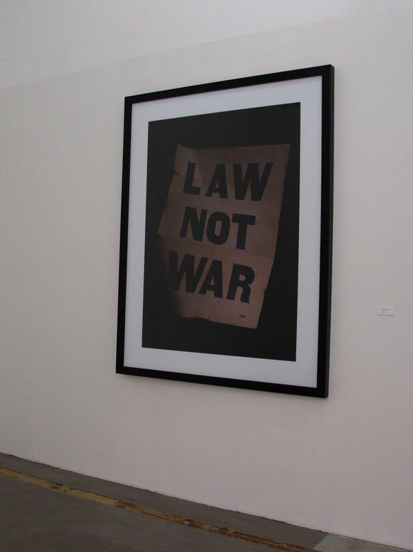 Simon Damkjær: Law not war, 2010. Foto: Julie Galsbo/BKS Garage