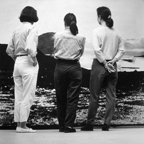 Pia Arke: De tre Gratier (back), 1993.