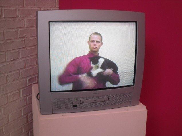 Nikolaj Bendix Skyum Larsen: My Cat and I 1999.Foto: Ditte Ernst Bengtsen