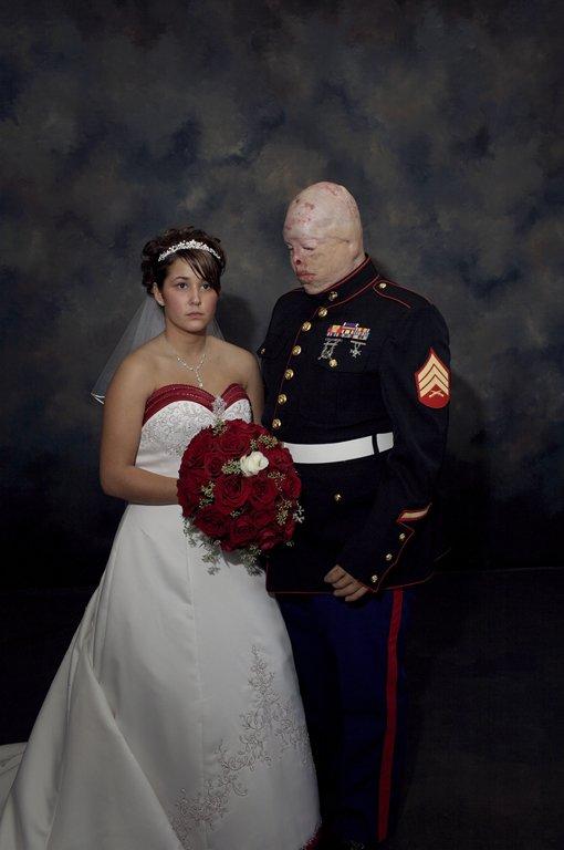 Nina Berman Marine Wedding. Foto: Nina Berman