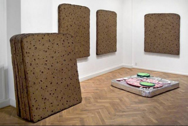 Brown Polychrome + surplus, installationsview fra EXIT 06, Gl. Strand (Foto: Anders Sune Berg)