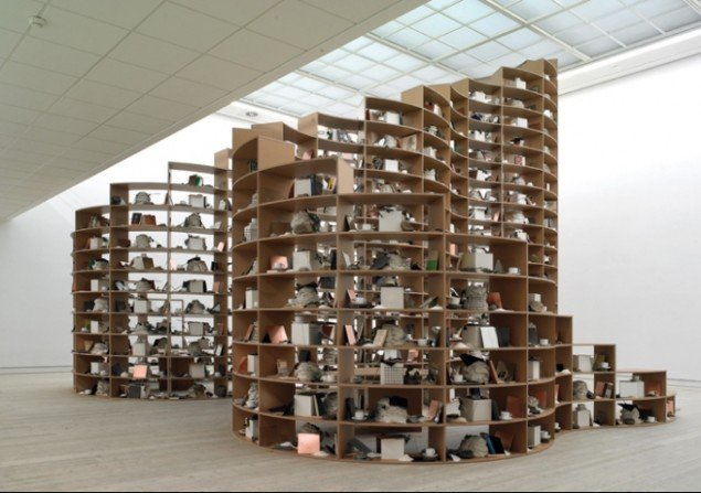 Bjørn Nørgaard, Ornamental Shelves. Variation 1, fra min fars bogsamling, Pressefoto.