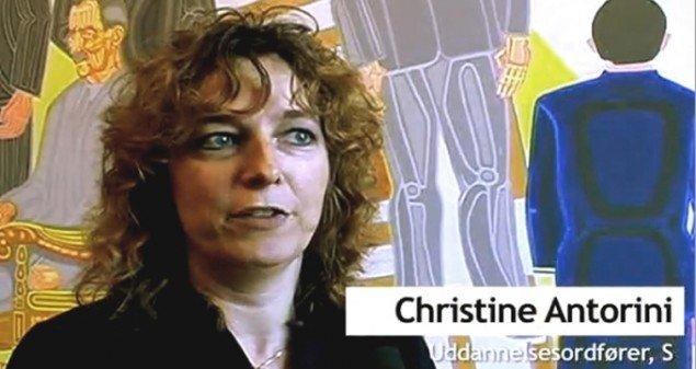 Christine Antorini (S) var mødt engageret op. (foto fra videoreportage)