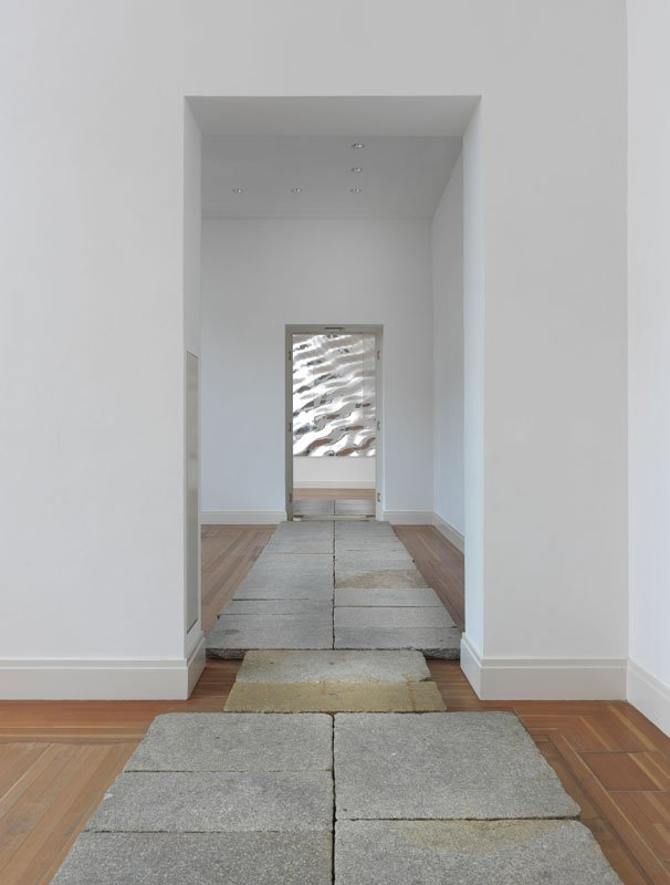 Olafur Eliasson: Berliner Bürgersteig, 2010 (Foto: Jens Ziehe / neugerriemschneider, Berlin / Tanya Bonakdar Gallery, New York)