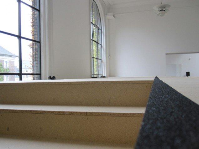 Sonja Cicilie Rendtorff Akulinins værk F set fra øverste etage. Foto: Mette Villum Jensen.