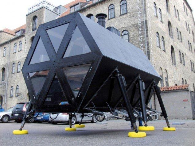 Walking House er et modulært bo-system af kunstnergruppen N55. Foto: N55