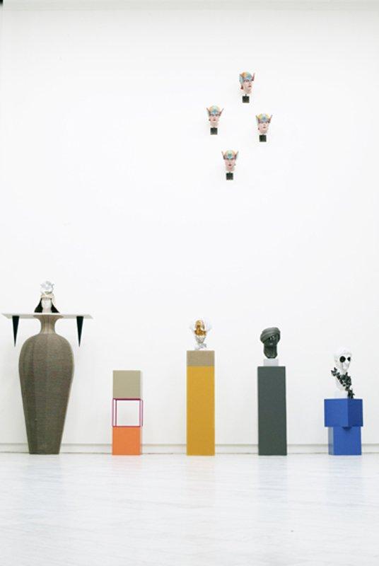 Fra venstre Annesofie Sandals Craft Versus Host, 2010 og Nanna Starks Euclid, Homer, Vespation og Augustus, alle 2010 (Foto Louis