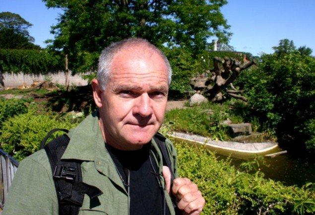 En fotokunstner på gamle jagtmarker. Foto: Kristian Handberg.