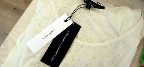 'Kunstprojekt#4' af Berit Dröse og Marie Melchiorsen i tøjbutikken Carroll&Carmen.