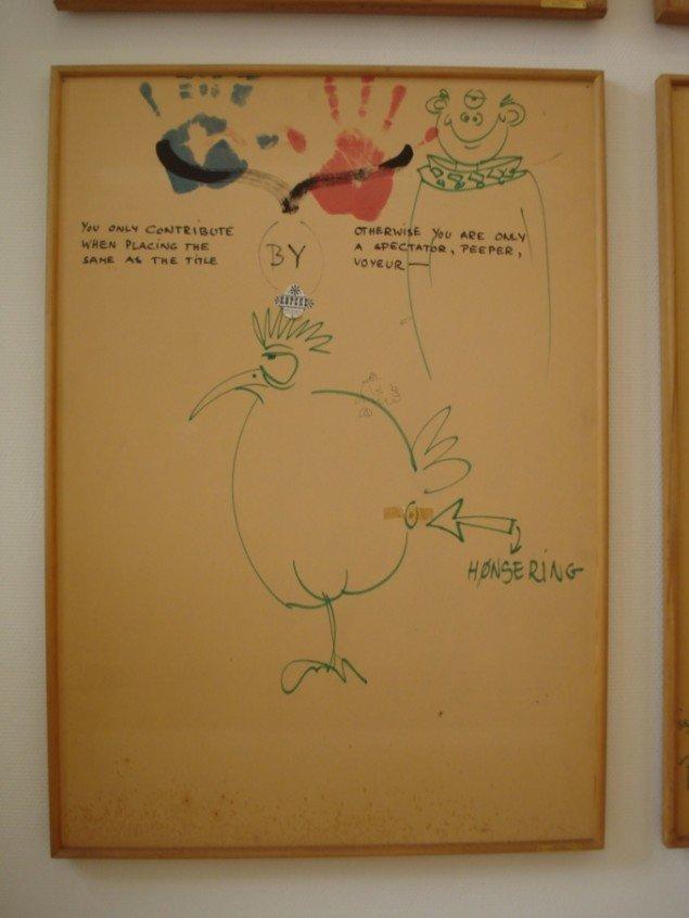 Detalje fra Arthur Köpckes Lommetrklæde, Cigaretter, Kam, Bælte, 1969. Foto: Thomas B. Tveding