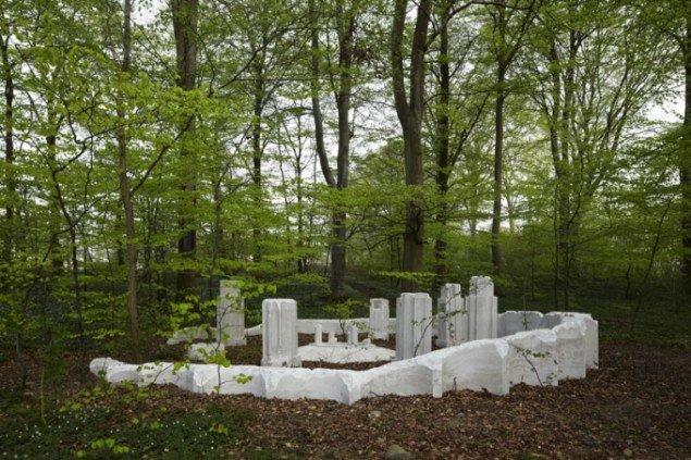 Benandsebastians værk The Forgotten Follies of Sølyst 2010 (pressefoto)