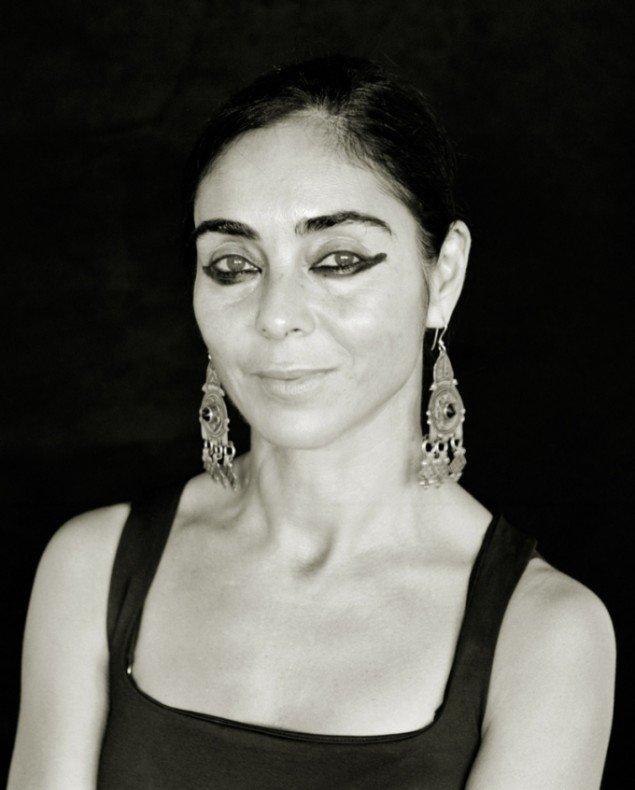 Portræt af Shirin Neshat. Pressefoto.