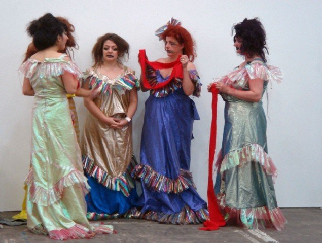 Spartacus Chetwynd: A Tax Haven Run By Women, performance-teamet Women Who Refuse To Grow Old Gracefully (foto: C. Gravesen)