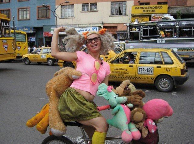 Fra filmen: La Dany: The Diva Of Bolivar Park af Julie & jim Giles (Canada) 2010. (Pressefoto)