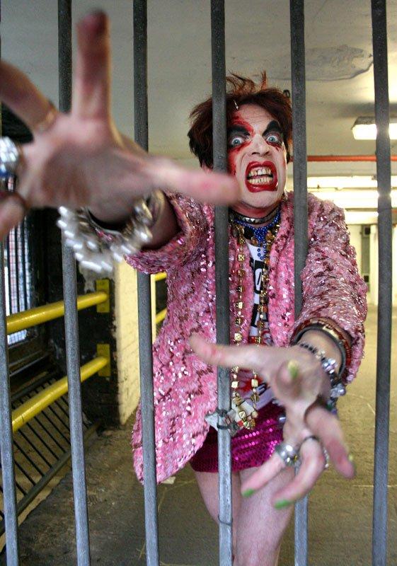 Britiske David Hoyle, der er en del af Burlesque-festivalen på Warehouse 9 i denne weekend. (Pressefoto)