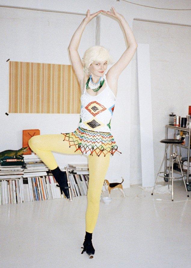 Babes in Sport, 2006. Design Anna Gulmann, Foto: Elizabeth Heltoft.