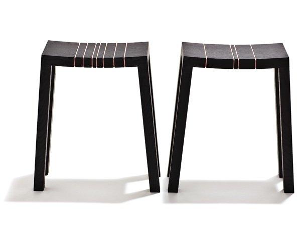 Small Tall Stools. Design: Ditte Hammerstrøm. Udført af: de Place Furniture. Foto: Jeppe Gudmundsen-Holmgreen.