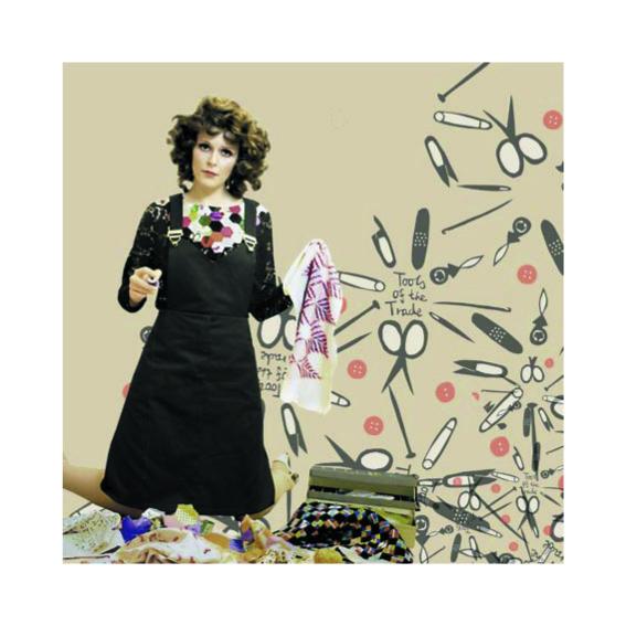 Design Anna Gulmann,  Sew Tough So Slow efterår/vinter 2006. Art work: Ingen Frygt.