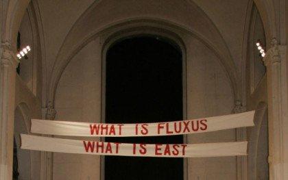 Flydende FLUXUS i fast form