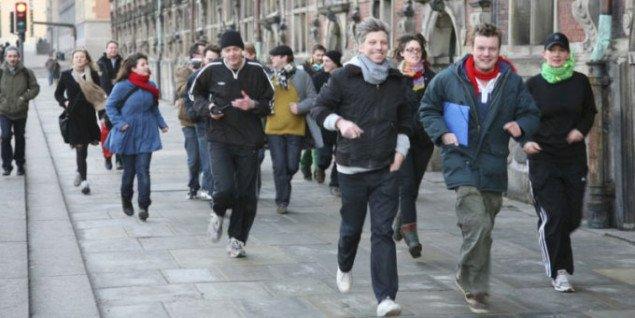 Løb og støt kunstdebatten