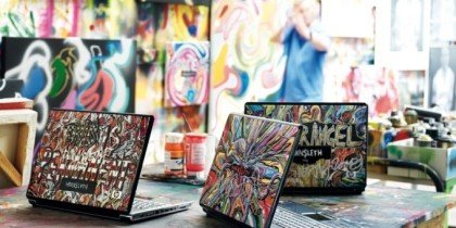 Hornsleth støtter Børnehjælpsdagen med computercover