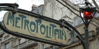 Paris søger ung kunstner
